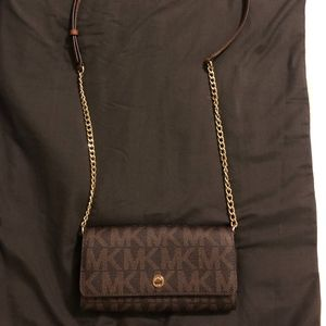 Michael Kors Large Wallet on a Chain | MK Logo